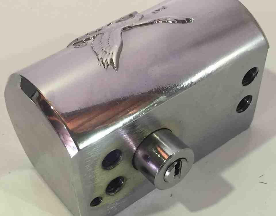 serrallers mvm cerradura persianas 960x750 - MVM Model K-DF Bloqueig d'alta seguretat per persianes amb obertura des de dins i fora