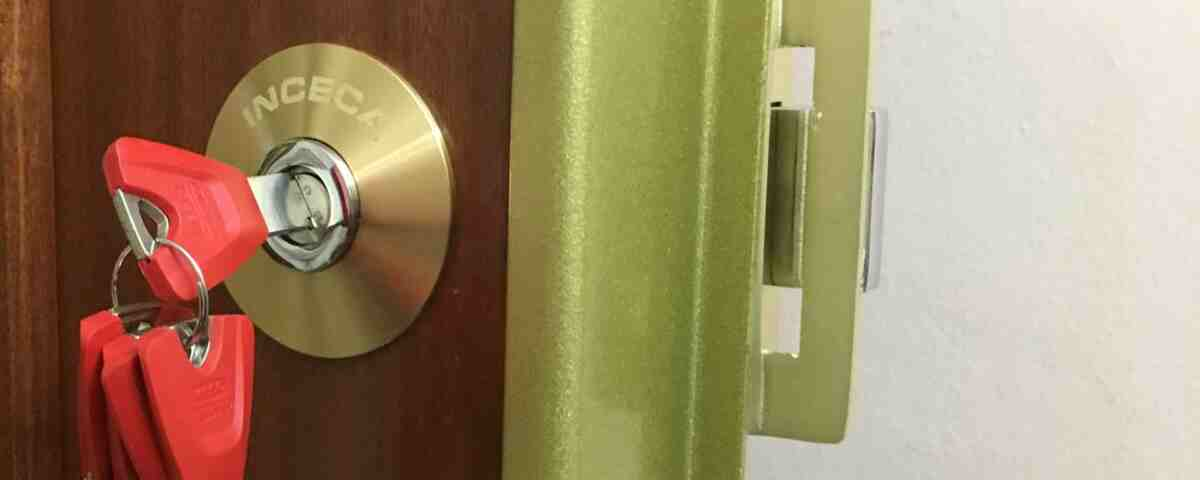 cerradura inceca 1200x480 - Servei tècnic Inceca de serralleria 24 hores a Barcelona